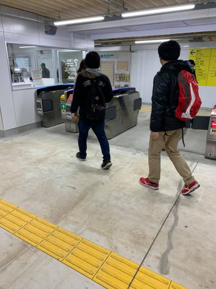 東村⼭駅の改札が地下に切り替わりました。